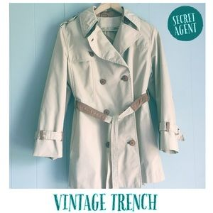 VINTAGE • 1960s-70s Tan SPY TRENCH COAT L/XL